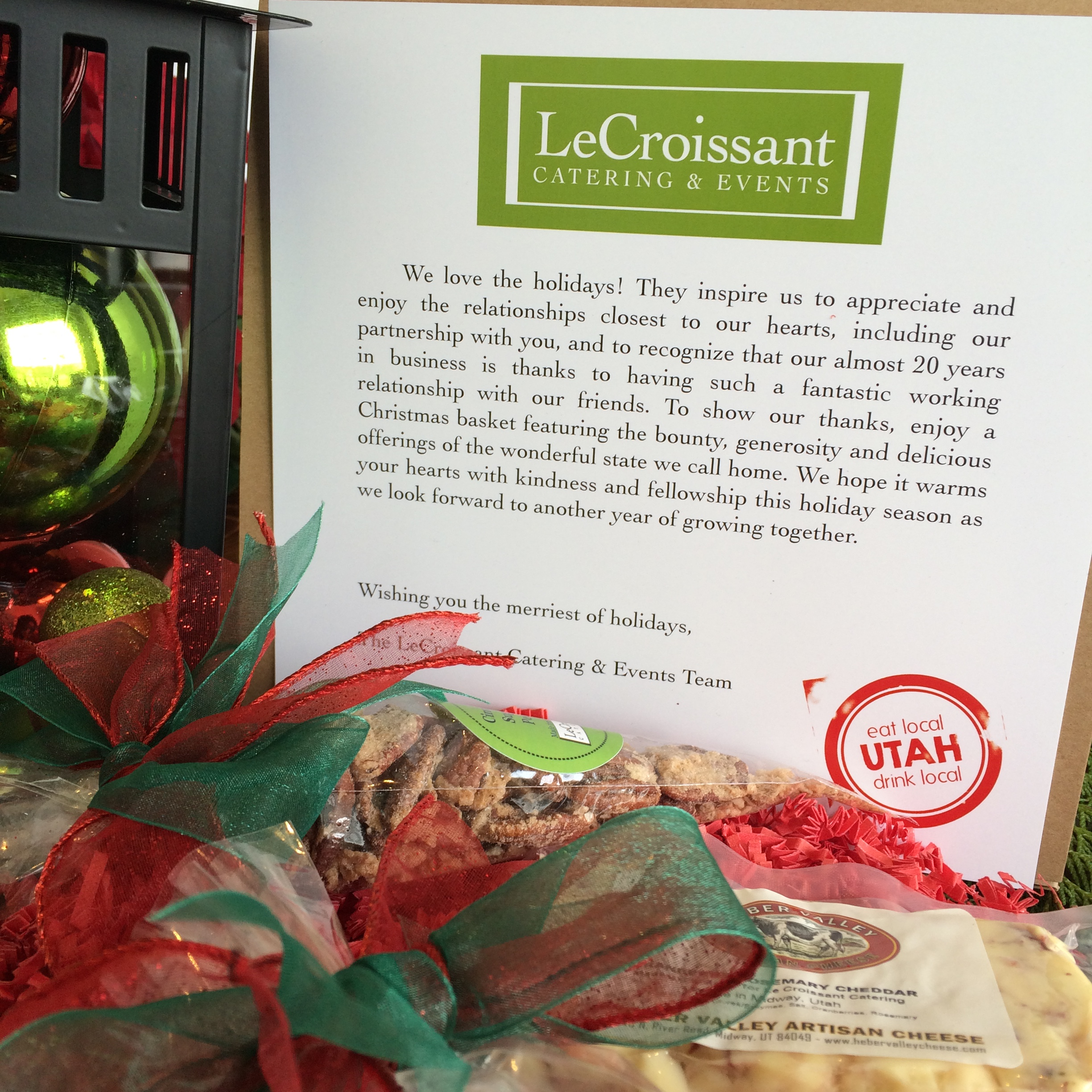 Lux Catering and Events is grateful for our friends and business partners. LeCroissant Catering and Event's 2014 Holiday Gift LeCroissant Catering and Event's 2014 Holiday Gift 2014 12 17 11