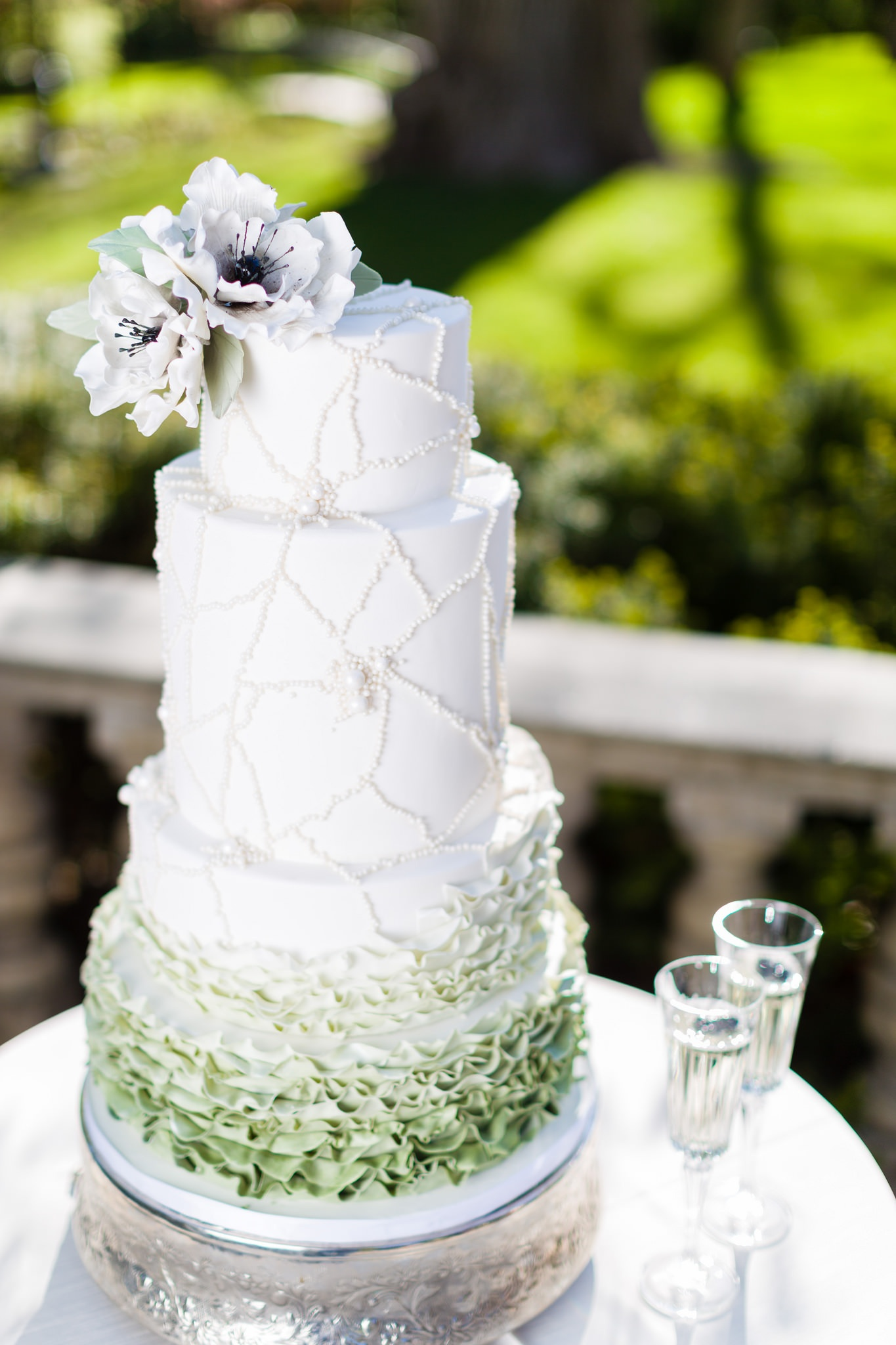Welcome our New In-House Wedding Cake Designer: Kristen Cold