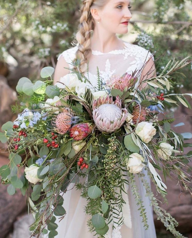LUX Catering & Events, Utah's premier event and wedding planner, welcomes in house floral designer! utah catering and event planning Welcome to the LUX Catering & Events team - Kelley! IMG 1850